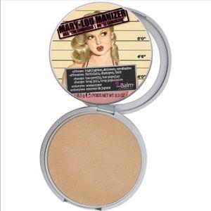 The Balm Cosmetics Mary-Lou Manizer Luminizer